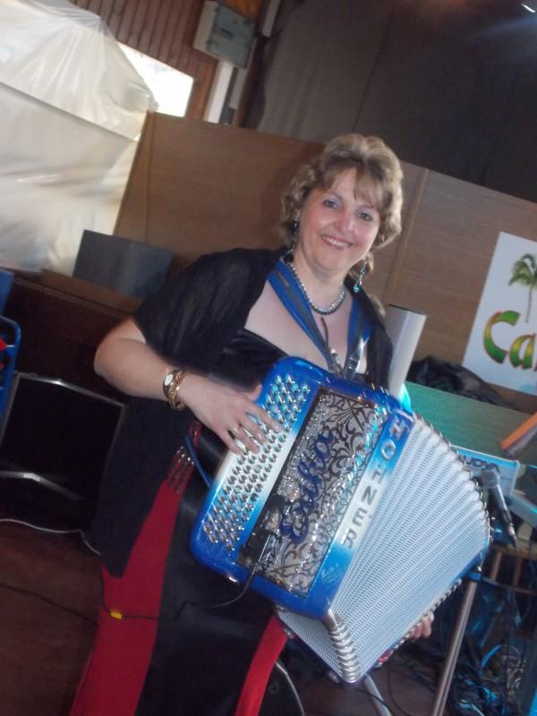 accordeon20130428festival1sptja1bastogne1erika.jpg