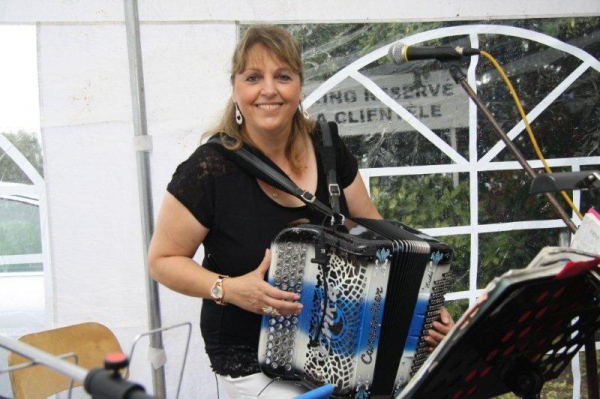 fete,national, accordeon