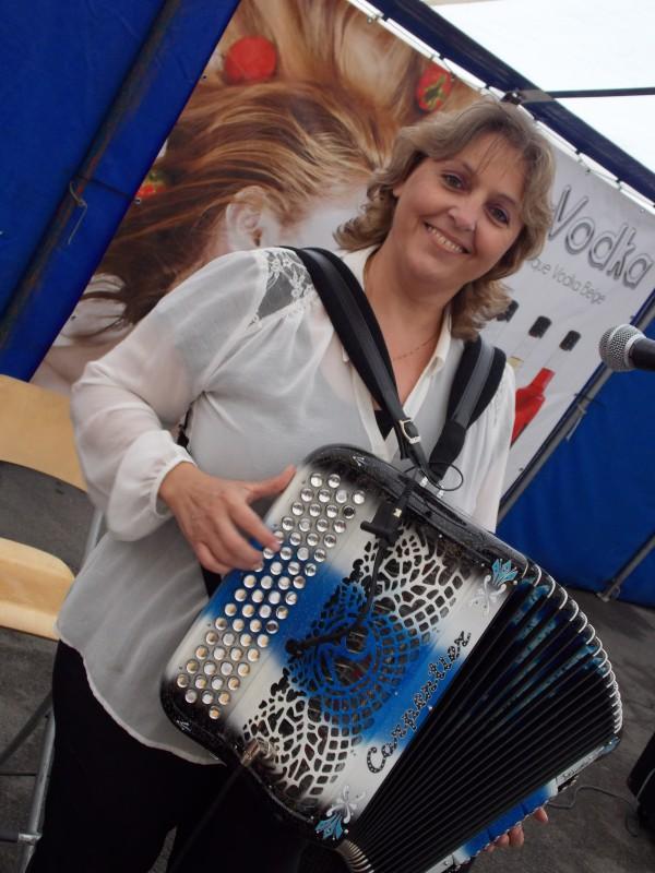 accordeon,erika,annivaisaire,instrument,musique,orchestre,kermesse