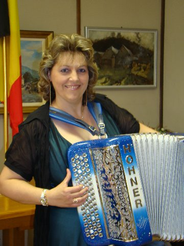 gouverneur1accordeon20080430dor1erika7sptja