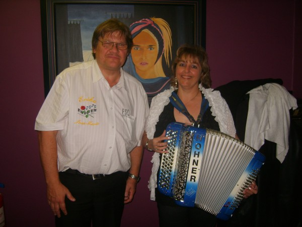 marche20120409erika1accordeon1sptja.jpg