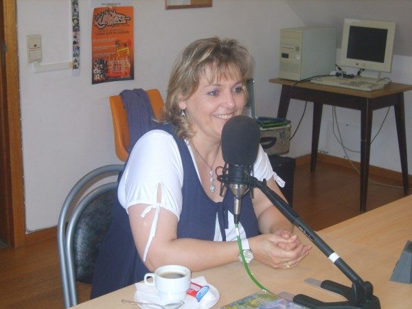 radio20110821quartz2erika.jpg
