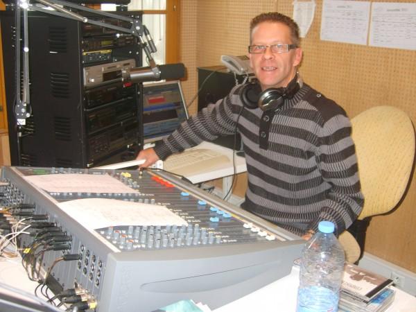 radio20111115fugi2erika.jpg