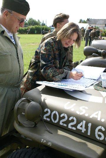 military20090724spt1lesves18sptja