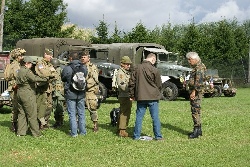 military20090724spt1lesves16sptja