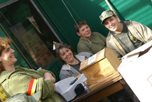 military20090724spt1lesves12sptja