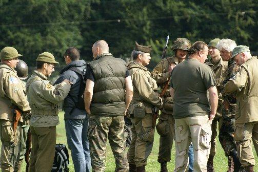 military20090724spt1lesves27sptja