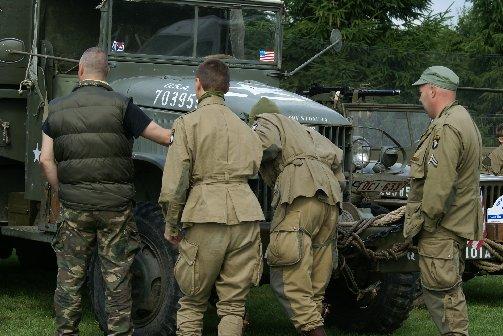 military20090724spt1lesves22sptja