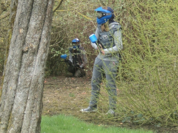 aline1sptja1lesves6paintball.jpg
